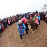 Пляжный сезон официально открыли южненские моржи