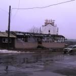 Власти украсят сгоревшее Капуччино бетонным забором