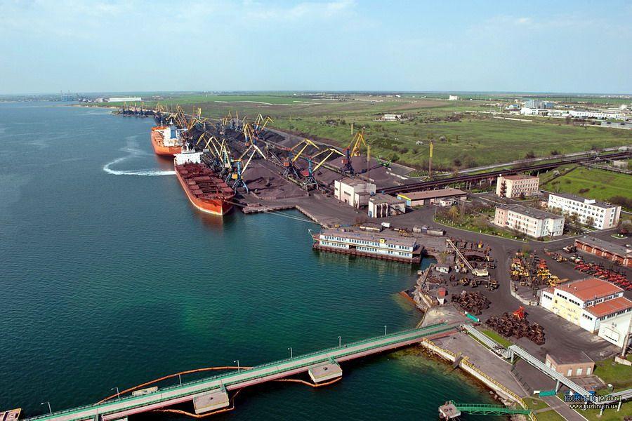 Порт «Южный» вершит судьбу